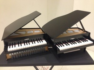 Play : Toy Piano Phase